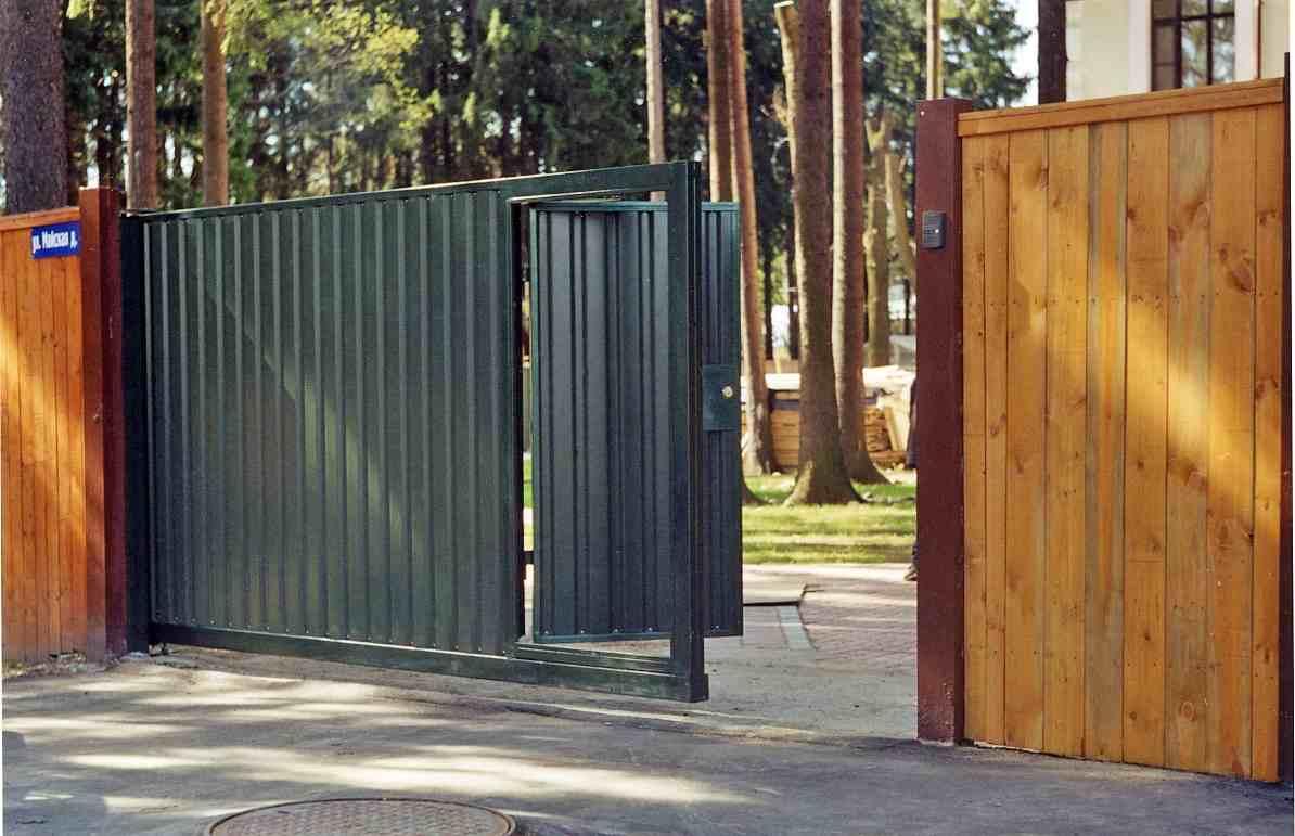 Калитки ворота откатные металлический забор из профнастила